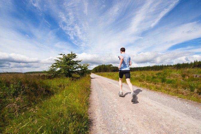 Courir quand il fait très chaud : guide d'hydratation
